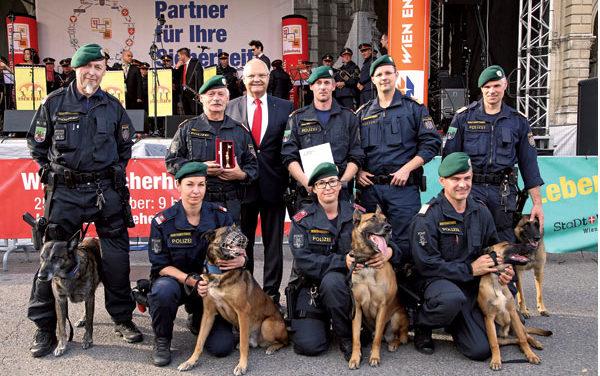 Wiener Sicherheitsfest 2017 am Rathausplatz