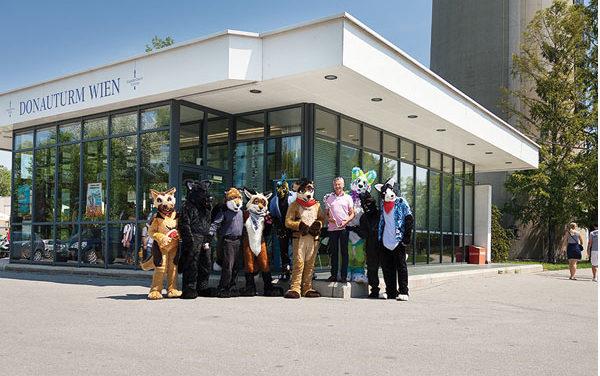 Donauturm Wien unterstützt furries for Kids